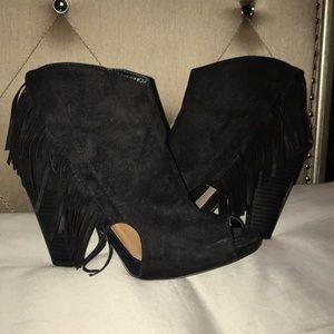 Black fringe open toe booties